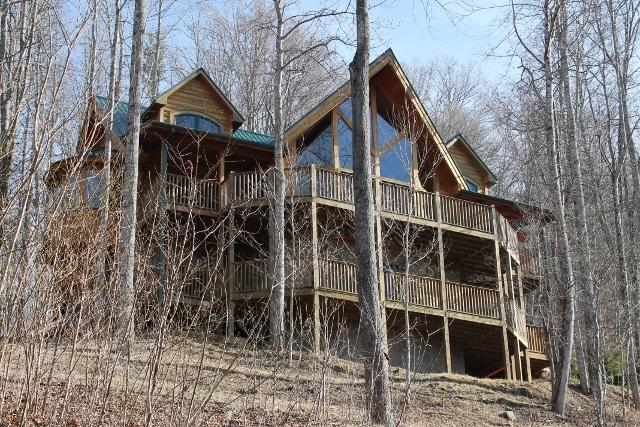 Luxury Log Cabin!!!Views, Hot Tub, 5BR/3 1/2 BR. - Image 1 - Burnsville - rentals