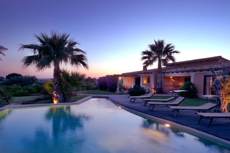 Villa Agave, luxury villa with private pool - Image 1 - Trapani - rentals
