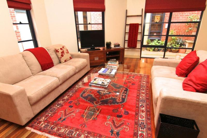 Elwood XTRA LARGE 2 BDR Townhouse - LARGE 2 BR Townhouse FREE WIFI - Elwood - rentals