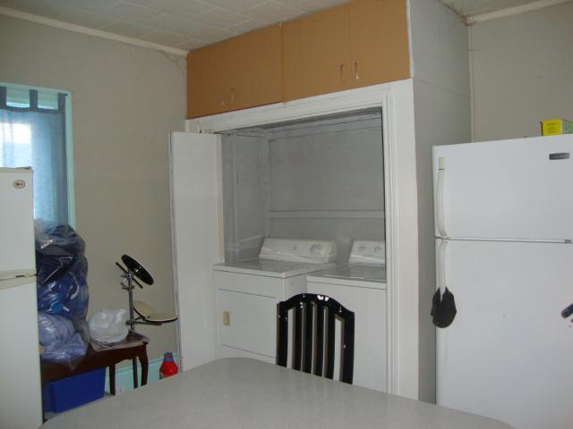 Onsite Laundry - ALEXANDER ST PORT HOPE -FURNISHED 8 BED ROOM HOME - Port Hope - rentals