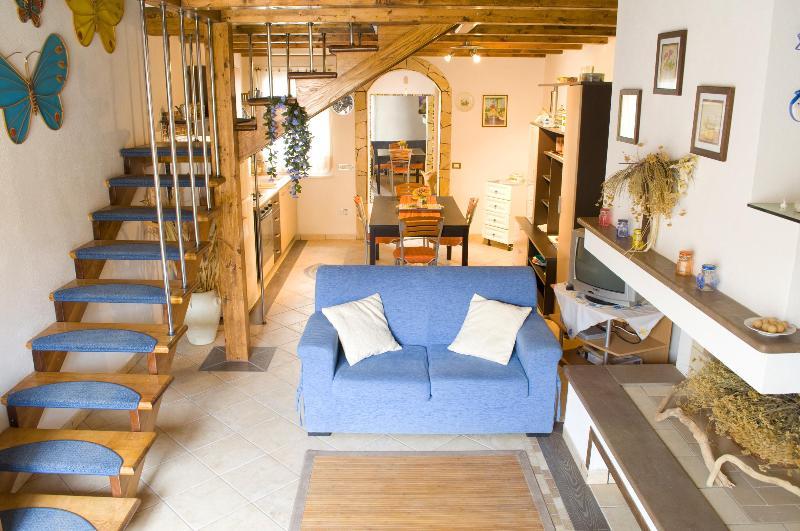 home holidays west coast sardinia, sinis peninsula - Image 1 - San Vero Milis - rentals