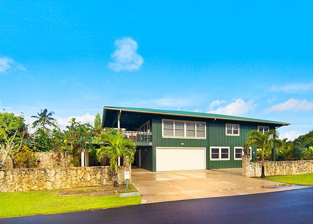 Beautiful Hanalei Home, Walking Distance to the Beach! - Image 1 - Hanalei - rentals