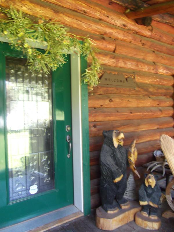 The bears are waiting to welcome you! - Leavenworth Mountain Lodge ~ 300 days of Sunshine - Leavenworth - rentals