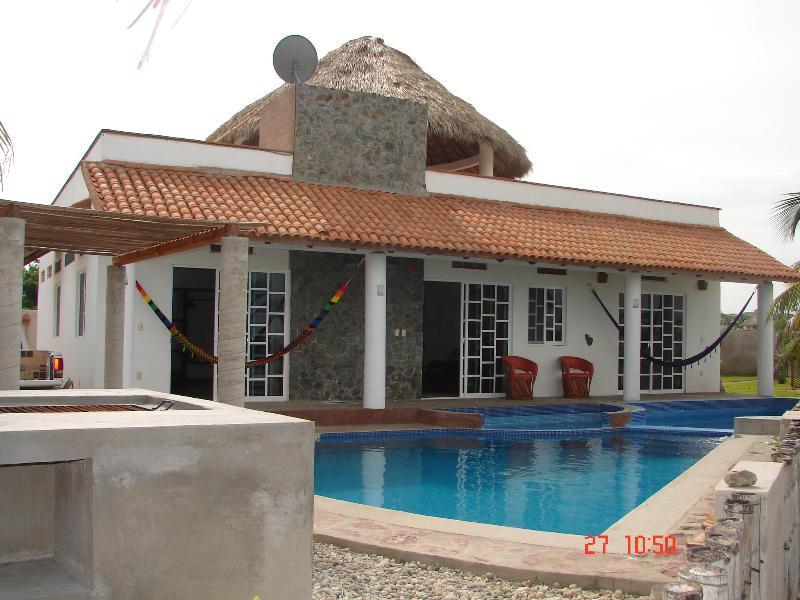 House and pool. - Casa Corazon - 2BR Zicatela Beach Puerto Escondido - Puerto Escondido - rentals