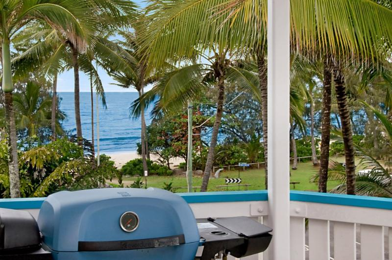 Private barbecue on each balcony - SEA VIEWS ON MACROSSAN STREET - Port Douglas - rentals