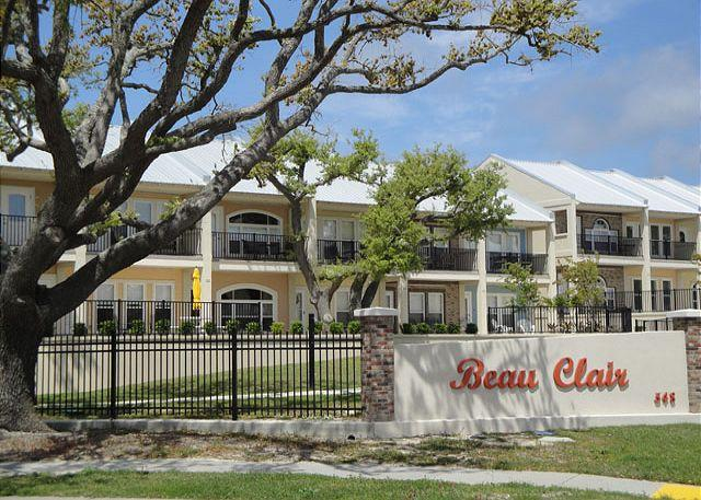 Beau Clair - Beautiful 2 bedroom / 2-1/2 bath condo with Gulf view! - Long Beach - rentals