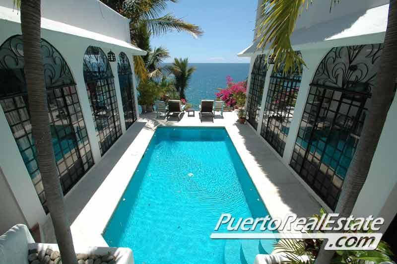 Oceanfront swimming pool - Casa Constanza - Beautiful 3BR home w/ ocean view. - Puerto Escondido - rentals