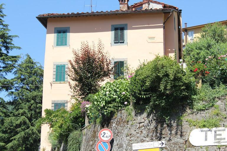 Casa Petrucci - 2 bedrooms in historic Spa town Bagni di Lucca - Bagni Di Lucca - rentals