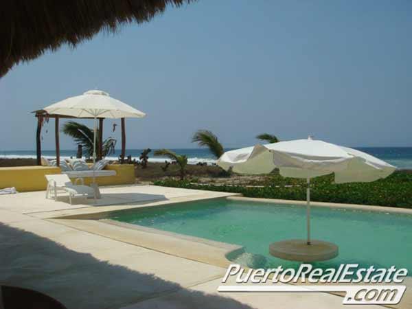 Pool with Pacific Ocean view - Casa Benamima: Puerto Escondido Beach Home Rental - Puerto Escondido - rentals