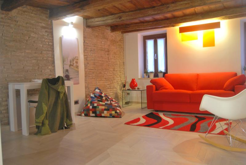 Roman Forum apartment - Image 1 - Rome - rentals