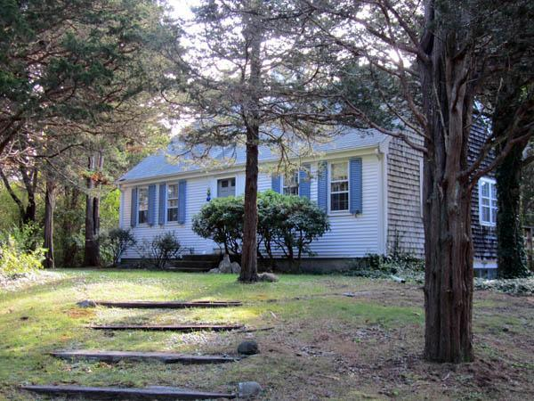 Just a Mile to Popular Nauset Beach (1139) - Image 1 - East Orleans - rentals