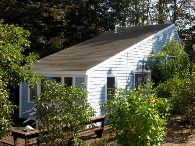 Cozy & Cute Cottage by Wellfleet Center (1233) - Image 1 - Wellfleet - rentals