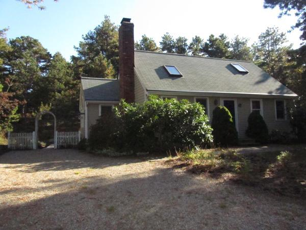 Lovely Cape Style Home Near Dyer Pond (1263) - Image 1 - Wellfleet - rentals