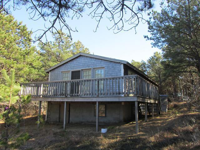 Cozy 2 Bedroom Cottage on Lt. Island - Image 1 - Wellfleet - rentals