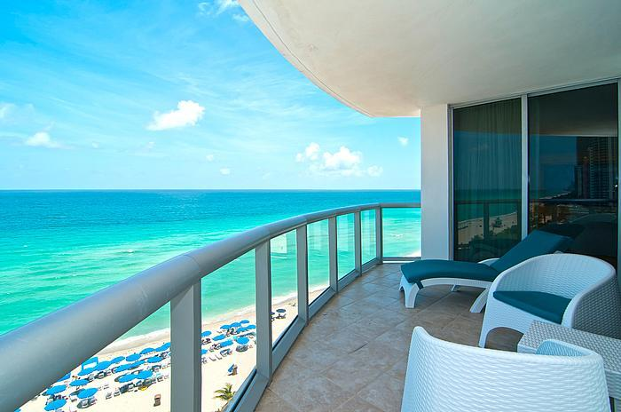 SEPTEMBER SPECIAL! $275/night! Direct Ocean Front - Image 1 - Sunny Isles Beach - rentals
