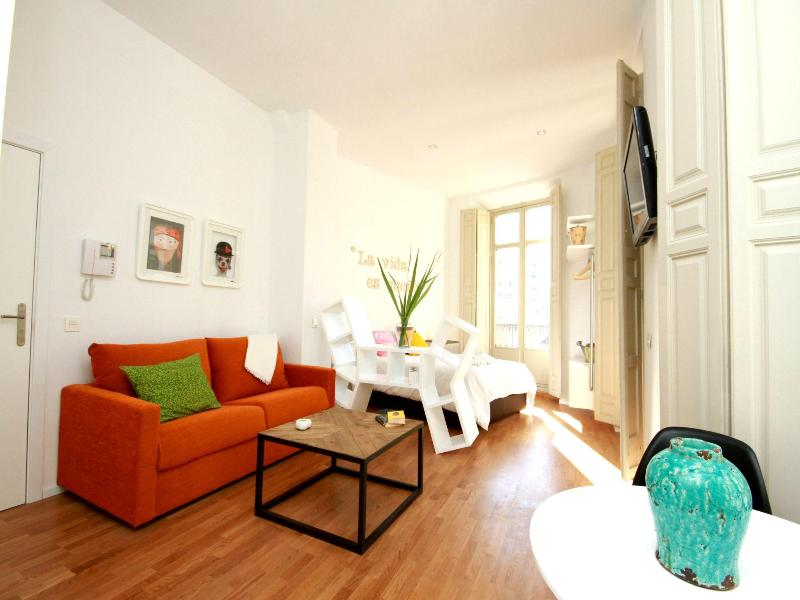 Colourful and new Studio in Malaga's city centre - Image 1 - Malaga - rentals