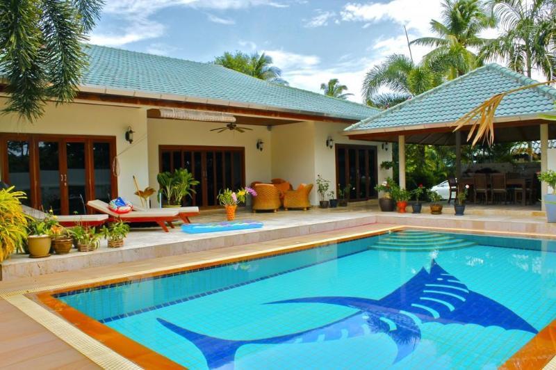 Rawai Pool Villa 2 - Image 1 - Phuket - rentals
