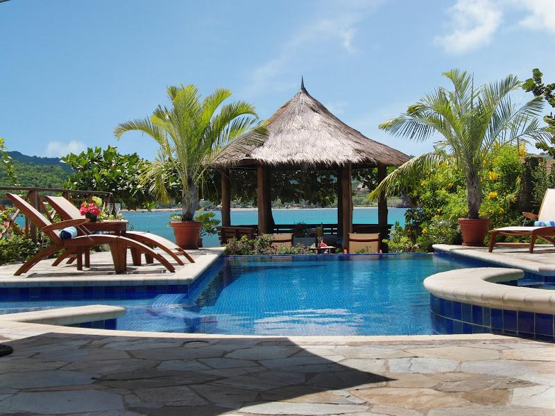 PARADISE PWW - 102017 - IMMACULATE | 5 BED | LUXURY | FAMILY | BEACHFRONT VILLA - DISCOVERY BAY - Image 1 - Discovery Bay - rentals