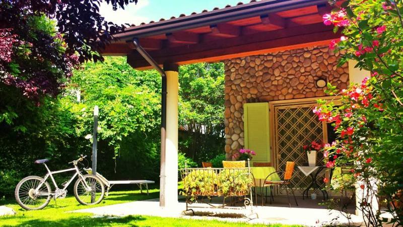 A CASA DI MANU B&B - Image 1 - Desenzano Del Garda - rentals