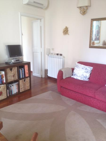 Monti neighborhood cozy apartment  3 blocks by the Colisseum (2-7pax) - Image 1 - Rome - rentals