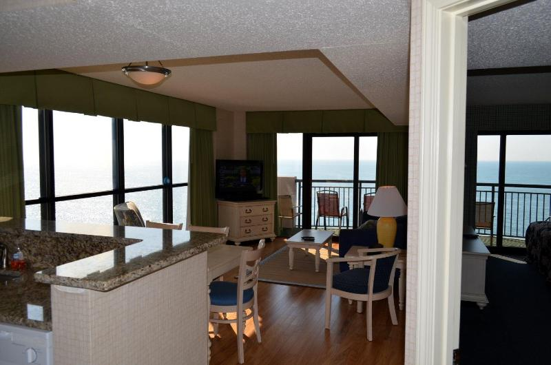 Breakers Paradise Tower- Gorgeous 3bed/2bath Ocean - Image 1 - Myrtle Beach - rentals