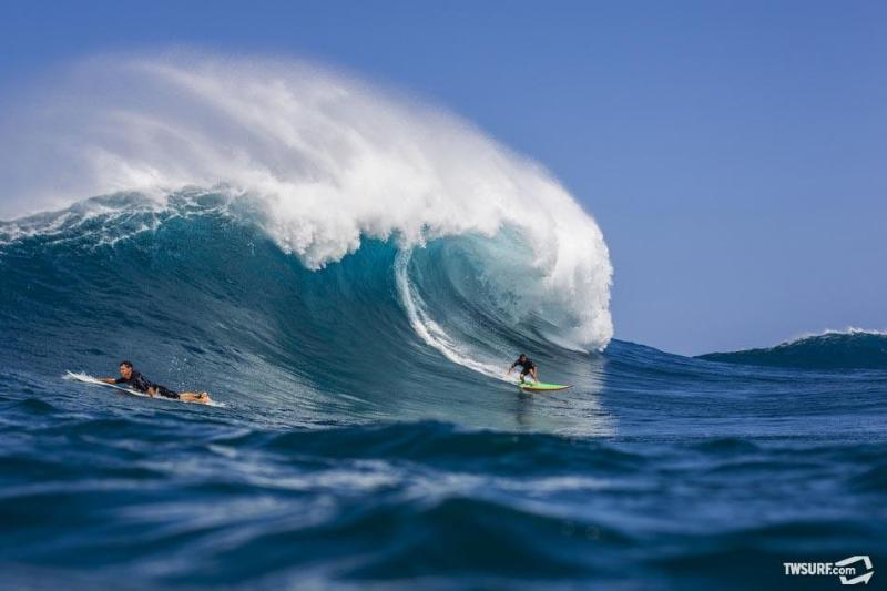 see photo brent for more great surfer photos - L Surfer ground floor Breakfast Supplies easy acc. - Kailua-Kona - rentals