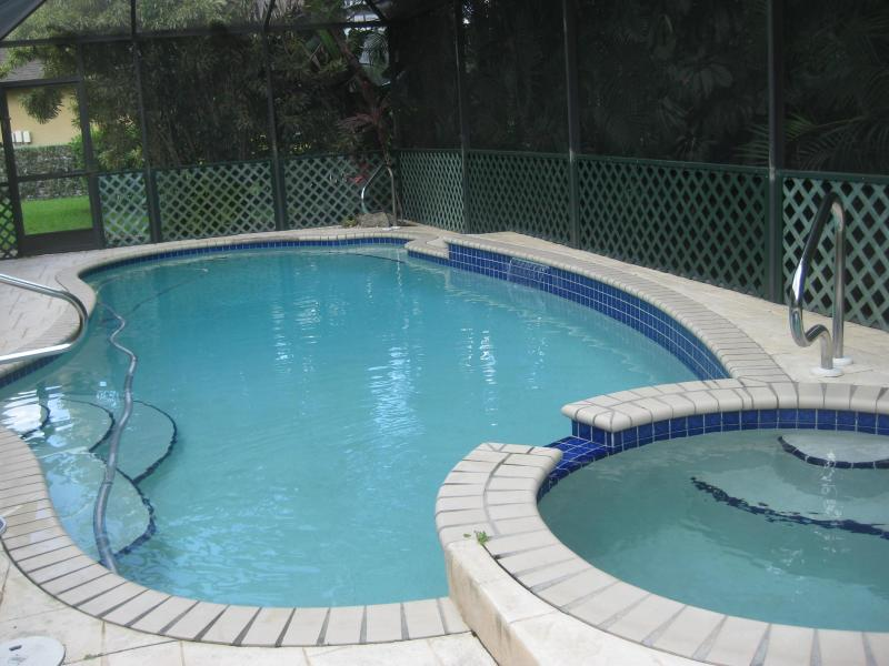Private Pool w/ Whirlpool. - Serene & Attractive Pool Home Near Gulf Beaches - Estero - rentals