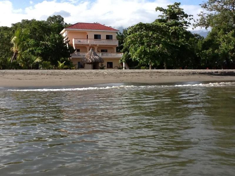 Casa de Tranquilidad from the ocean! - Casa de Tranquilidad - Oceanfront B&B - La Ceiba - rentals