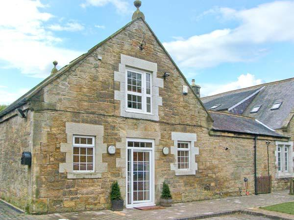 HORSLEY BANKS FARM COTTAGE, en-suite, courtyard, close pub and Heddon-on-the-Wall Ref 21729 - Image 1 - Northumberland - rentals