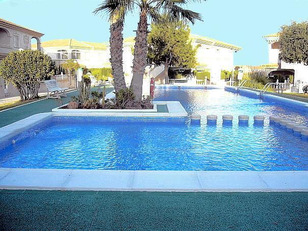 Lovely 2 bed apartment pool,near beach/amenities - Image 1 - Torrevieja - rentals