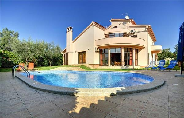 5 bedroom Villa in Medulin, Istria, Croatia : ref 2068213 - Image 1 - Medulin - rentals