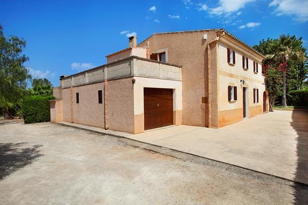 4 bedroom Villa in Cas Concos, Cala D Or, Mallorca : ref 4382 - Image 1 - Cas Concos - rentals