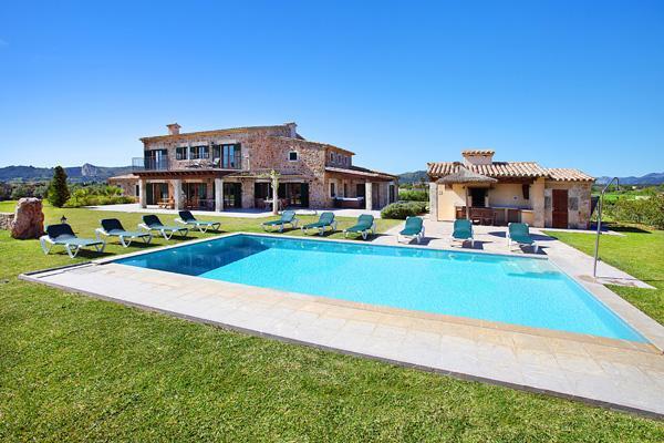 5 bedroom Villa in Pollenca, Mallorca : ref 3233 - Image 1 - Alcudia - rentals