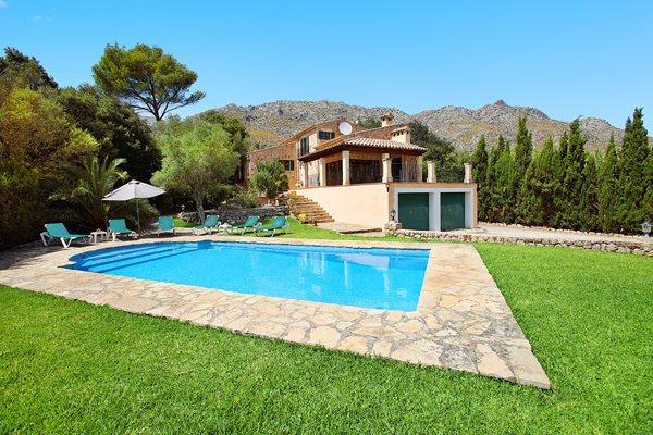 3 bedroom Villa in Cala San Vicente, Mallorca, Mallorca : ref 3228 - Image 1 - Cala San Vincente - rentals