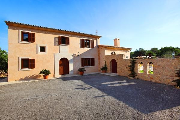 6 bedroom Villa in S Horta, Cala Dor, Mallorca : ref 2018219 - Image 1 - S' Horta - rentals