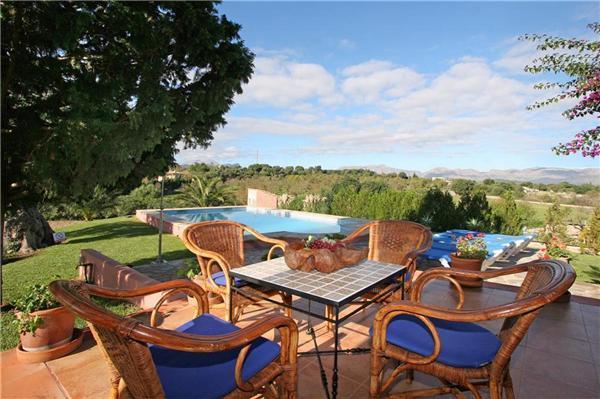 3 bedroom Villa in Alcudia, Mallorca : ref 2208344 - Image 1 - Alcudia - rentals