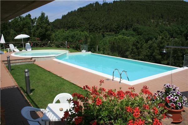 7 bedroom Villa in Montecastelli Pisano, Tuscany, Italy : ref 2066238 - Image 1 - Montecastelli Pisano - rentals