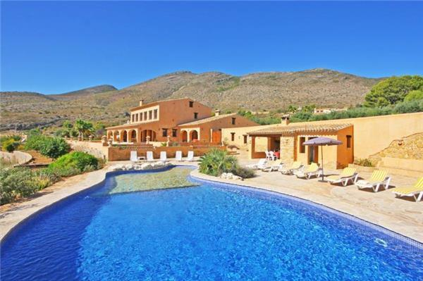 6 bedroom Villa in Benissa, Costa Blanca, Spain : ref 2068741 - Image 1 - Benissa - rentals