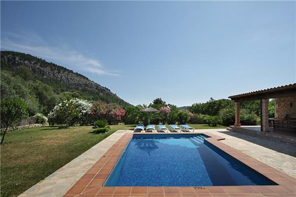 4 bedroom Villa in Pollenca, Mallorca : ref 2208195 - Image 1 - Pollenca - rentals