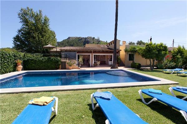 4 bedroom Villa in Pollenca, Mallorca : ref 2210223 - Image 1 - Pollenca - rentals