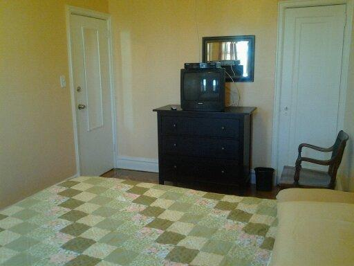 Smart, Beautiful and Cozy Room - Image 1 - Brooklyn - rentals