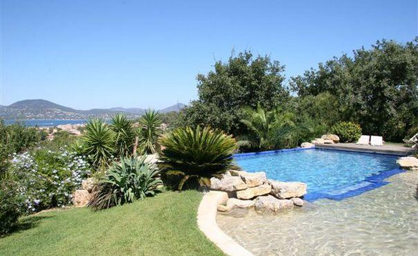 5 Bedroom St Tropez Vacation House with a Pool - Image 1 - Saint-Tropez - rentals