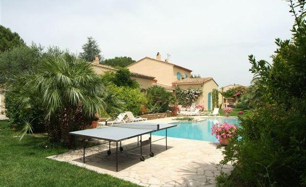 Wonderful 4 Bedroom Villa in Saint Tropez, with a Pool - Image 1 - Saint-Tropez - rentals