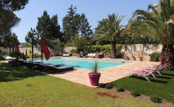 Vignes Gassin Villa, 5 Bedroom Home with a Garden and Pool - Image 1 - Gassin - rentals