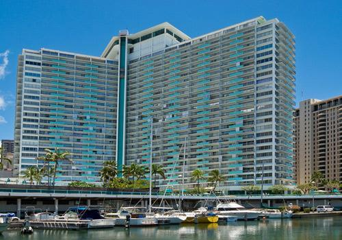Close to Ala Moana Shopping Center and Waikiki beach and the Marina - Ilima Suite - Honolulu - rentals