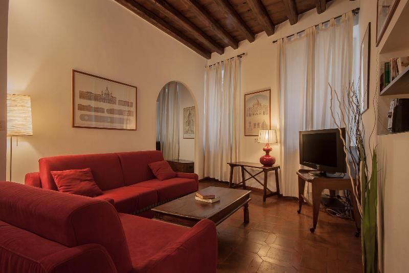Living room with sofa beds - Rome Accommodation Via Giulia - Rome - rentals