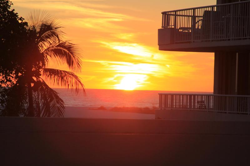 Sunset Jan. 20th - BEACHFRONT WING UNIT, Monthly Rentals - Marco Island - rentals