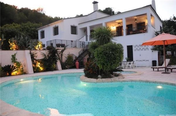 5 bedroom Villa in Cubelles, Catalonia, Spain : ref 2085796 - Image 1 - Cubelles - rentals