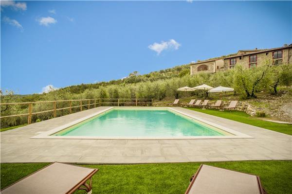 5 bedroom Villa in Radda in Chianti, Tuscany, Castellina in Chianti, Italy : ref 2085781 - Image 1 - Radda in Chianti - rentals