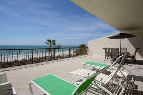 Extra Large Private Patio - 1-306 - Ocean Sands - Madeira Beach - rentals